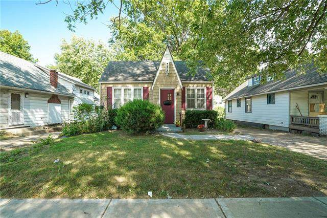 1301 S Ash Avenue, Independence, MO 64052 (#2240706) :: Ask Cathy Marketing Group, LLC