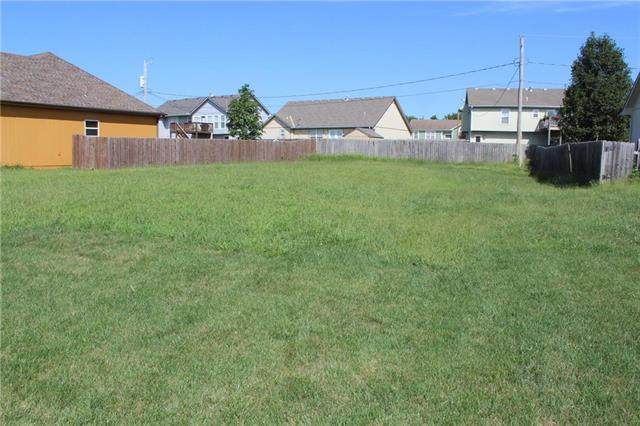 604 Heather Knoll Drive, Edgerton, KS 66021 (#2240846) :: Jessup Homes Real Estate | RE/MAX Infinity