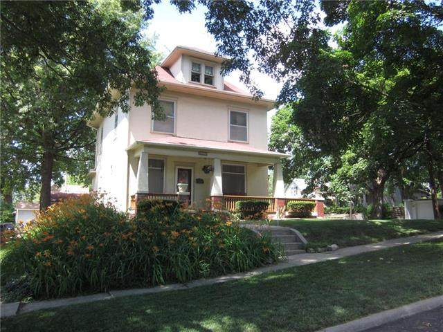 3239 Seneca Street - Photo 1