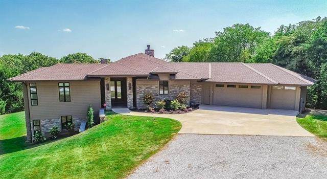 13387 142nd Street, Bonner Springs, KS 66012 (#2241017) :: Team Real Estate