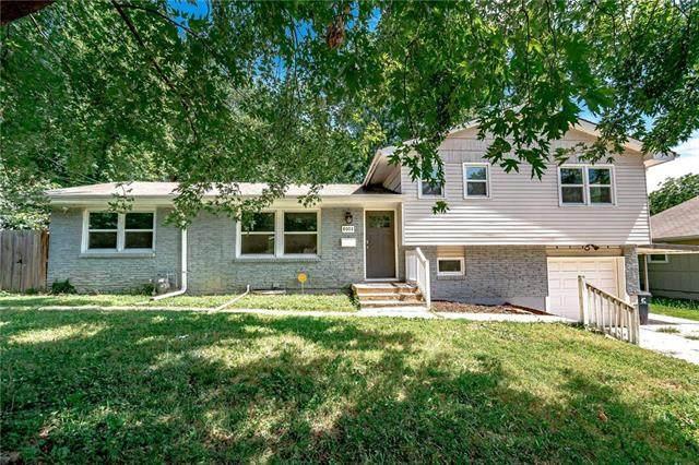 8003 Charlotte Street, Kansas City, MO 64131 (#2241073) :: Ron Henderson & Associates