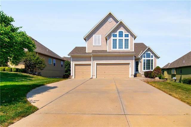 22106 W 70th Street, Shawnee, KS 66226 (#2241199) :: Jessup Homes Real Estate | RE/MAX Infinity