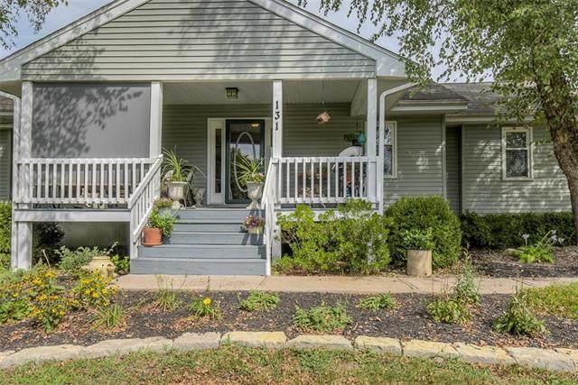 131 N 134th Street, Bonner Springs, KS 66012 (#2241204) :: Ron Henderson & Associates