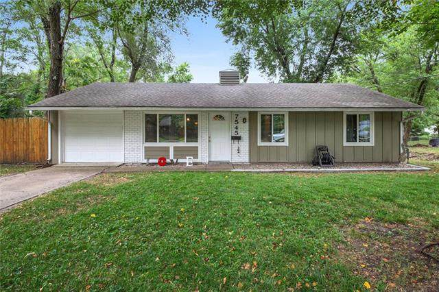 7545 Colonial Drive, Prairie Village, KS 66208 (#2241255) :: Jessup Homes Real Estate | RE/MAX Infinity