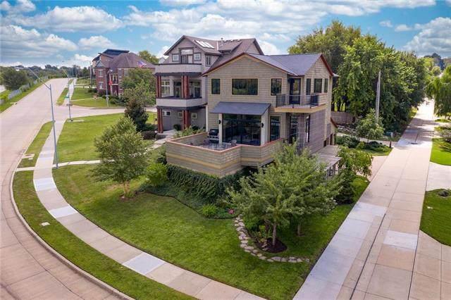 1211 E 24th Street, Kansas City, MO 64108 (#2241265) :: Jessup Homes Real Estate | RE/MAX Infinity