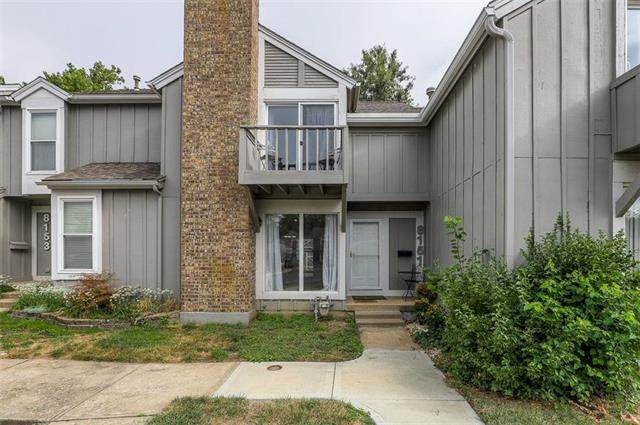 8151 Monrovia Street, Lenexa, KS 66215 (#2241338) :: Ron Henderson & Associates
