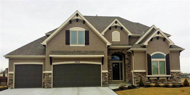 2304 SW Chase Circle, Lee's Summit, MO 64082 (#2241490) :: Five-Star Homes