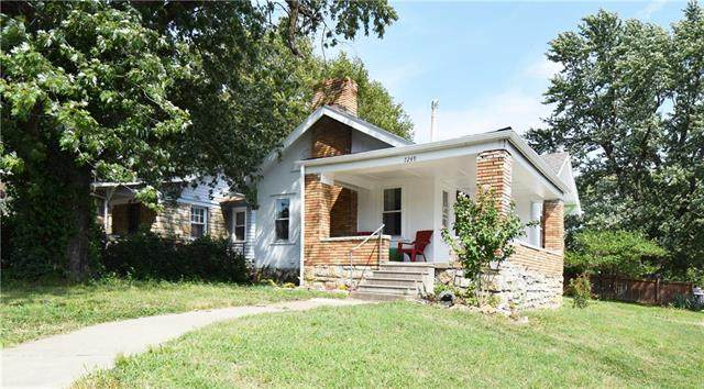 7249 Paseo Boulevard, Kansas City, MO 64132 (#2241574) :: Dani Beyer Real Estate