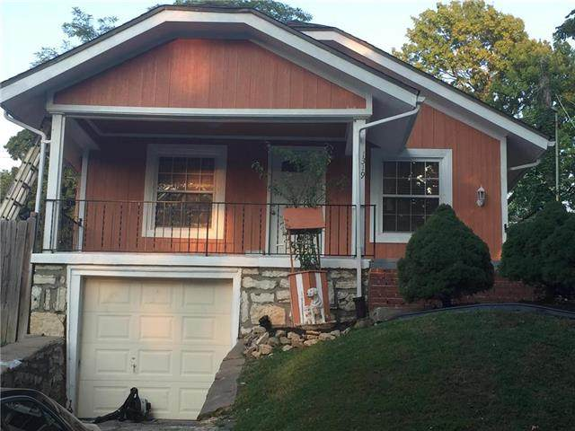 1319 N 24th Street, Kansas City, KS 66102 (#2241656) :: Jessup Homes Real Estate | RE/MAX Infinity