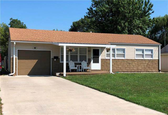 416 E Mill Street, Osawatomie, KS 66064 (#2241699) :: Eric Craig Real Estate Team