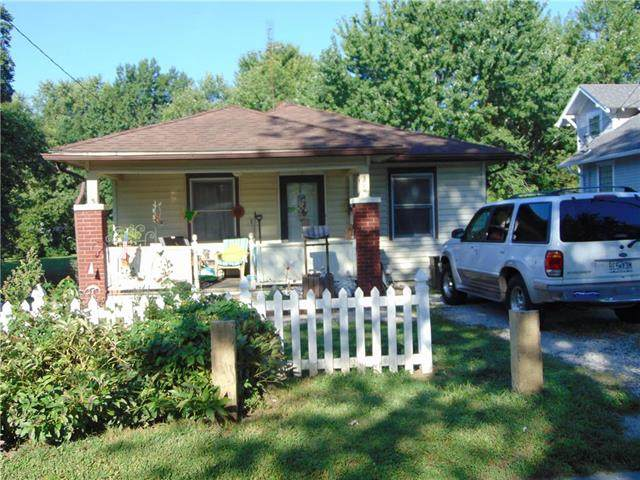306 S Institute Street, Richmond, MO 64085 (#2241709) :: The Gunselman Team