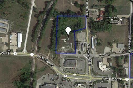 N Commercial Street, Harrisonville, MO 64701 (#2241723) :: Edie Waters Network