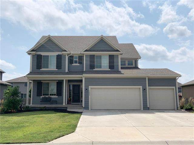 1008 SE Auburn Court, Blue Springs, MO 64014 (#2241737) :: Edie Waters Network