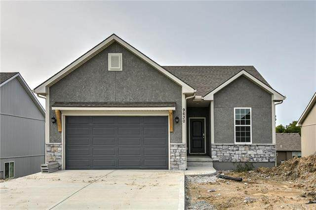 20921 W 190th Place, Spring Hill, KS 66083 (#2241748) :: Five-Star Homes