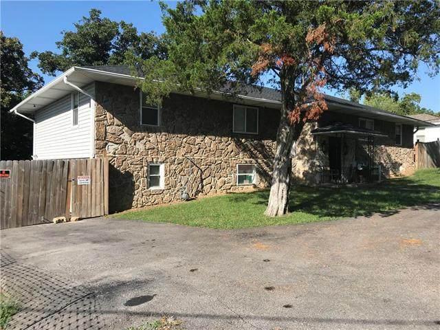 10002 E 43rd Street, Kansas City, MO 64133 (#2241815) :: Jessup Homes Real Estate | RE/MAX Infinity