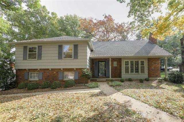 10219 Rosewood Drive, Overland Park, KS 66207 (#2241837) :: Five-Star Homes