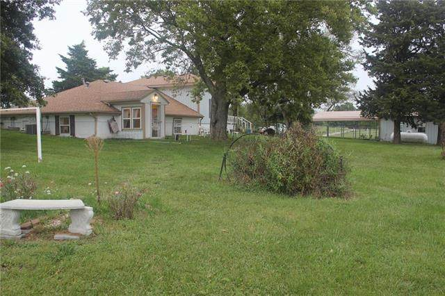 24101 E 191st Street, Pleasant Hill, MO 64080 (#2242007) :: Edie Waters Network