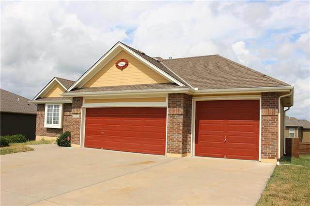 1302 Sagamore Drive, Raymore, MO 64083 (#2242035) :: Dani Beyer Real Estate