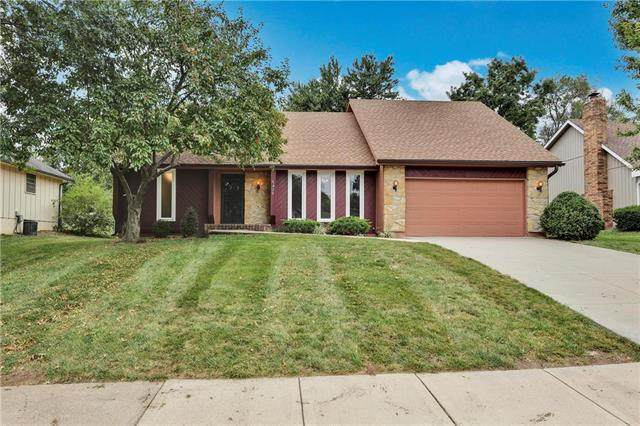 6428 Acuff Street, Shawnee, KS 66216 (#2242077) :: The Gunselman Team
