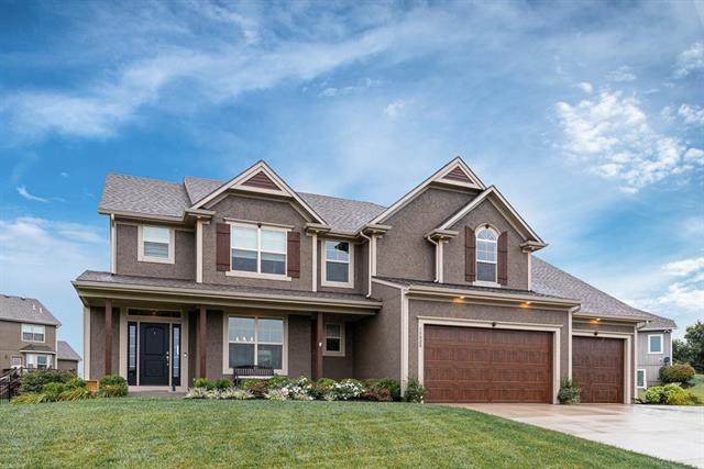 15020 Lakeview Place, Basehor, KS 66007 (#2242098) :: Ron Henderson & Associates