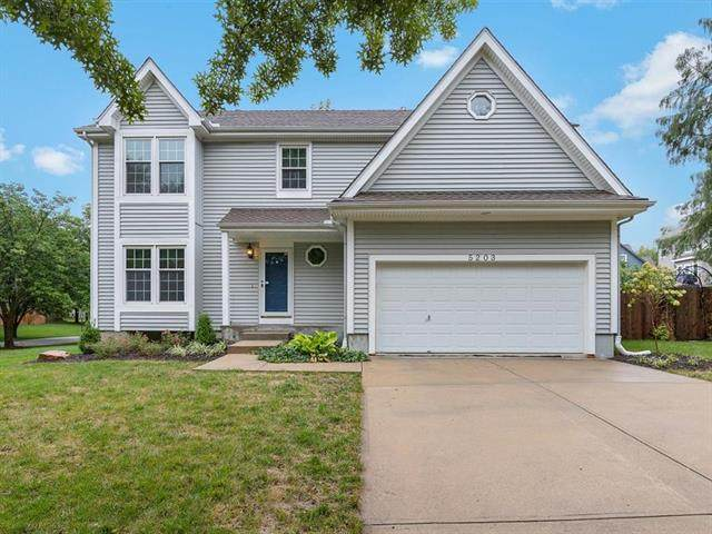 5203 Mccoy Street, Shawnee, KS 66226 (#2242136) :: Jessup Homes Real Estate | RE/MAX Infinity