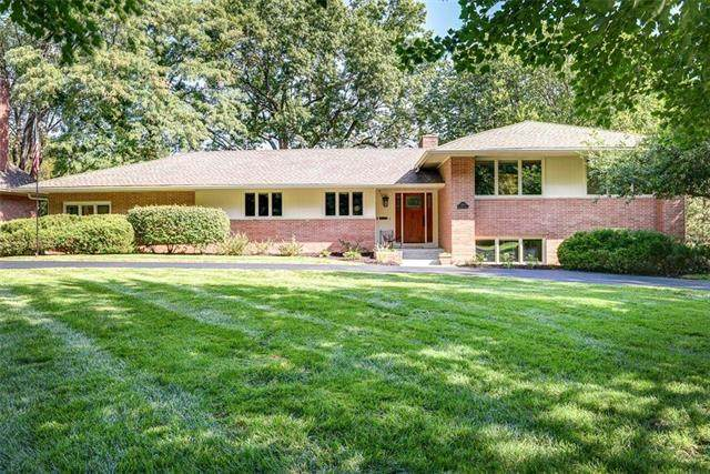 2300 W 70th Terrace, Mission Hills, KS 66208 (#2242199) :: Kedish Realty Group at Keller Williams Realty