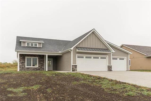 1030 Bluestem Drive, Baldwin City, KS 66006 (#2242312) :: Jessup Homes Real Estate   RE/MAX Infinity