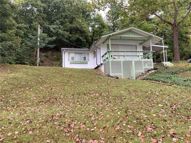 25721 S Lake View Drive, Freeman, MO 64746 (#2242478) :: Ron Henderson & Associates