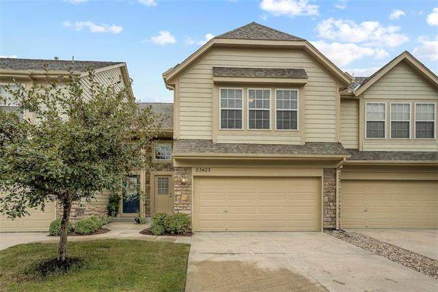 23423 W 89th Terrace, Lenexa, KS 66227 (#2242501) :: The Gunselman Team