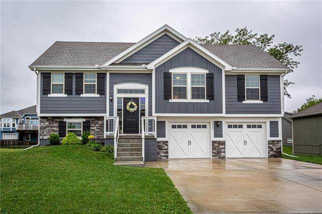 1702 Renea Court, Kearney, MO 64060 (#2242525) :: Austin Home Team