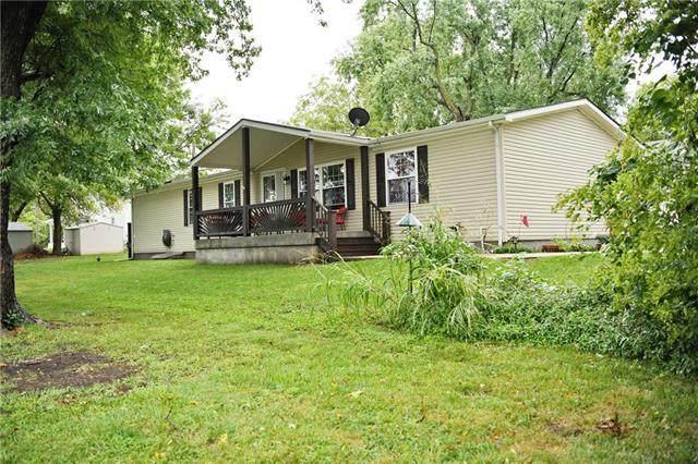 415 E Hulett Street, Edgerton, KS 66021 (#2242531) :: Jessup Homes Real Estate | RE/MAX Infinity