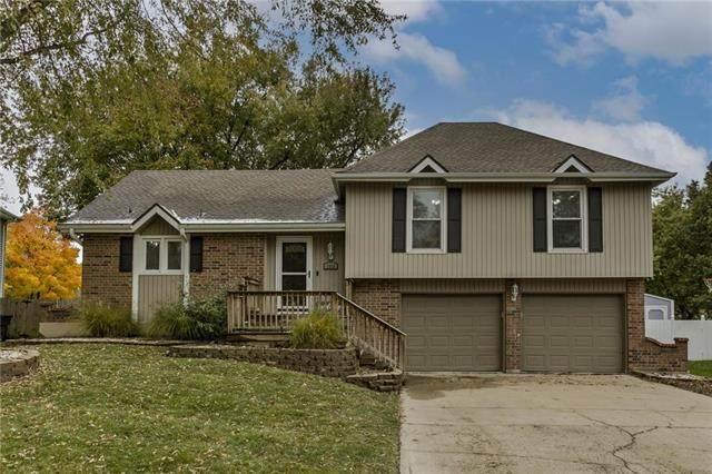 1905 S Lennox Drive, Olathe, KS 66062 (#2242582) :: Eric Craig Real Estate Team