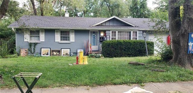 6309 E 101st Terrace, Kansas City, MO 64136 (#2242639) :: Ron Henderson & Associates