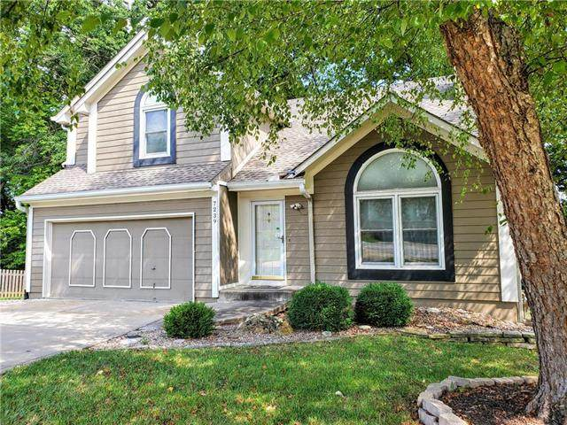 7239 N Oakland Avenue, Kansas City, MO 64158 (#2242644) :: Ron Henderson & Associates