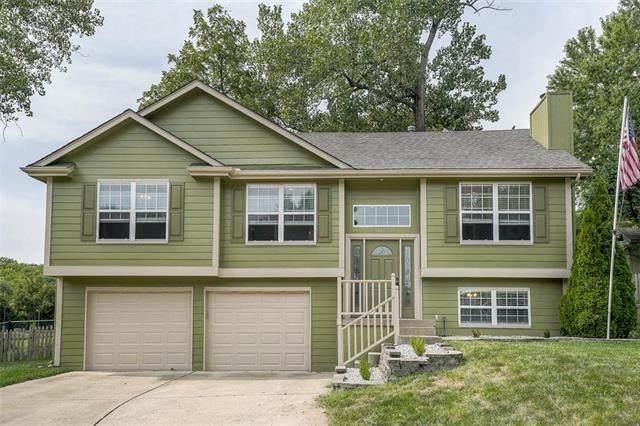 1404 NE Ivory Lane, Lee's Summit, MO 64086 (#2242736) :: Dani Beyer Real Estate