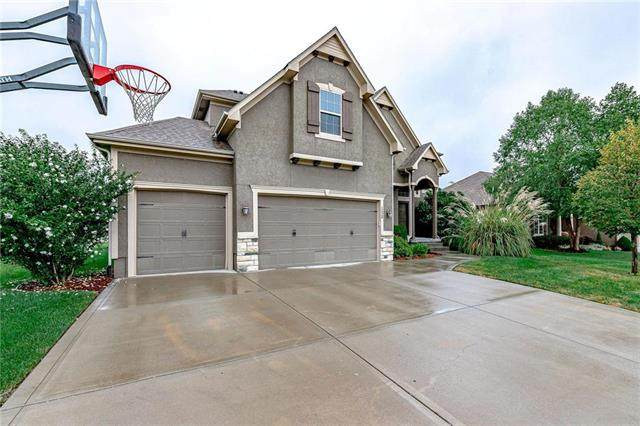 1520 Cross Creek Drive, Raymore, MO 64083 (#2242762) :: Jessup Homes Real Estate | RE/MAX Infinity