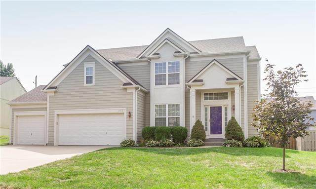 21737 W 56th Street, Shawnee, KS 66218 (#2242843) :: House of Couse Group