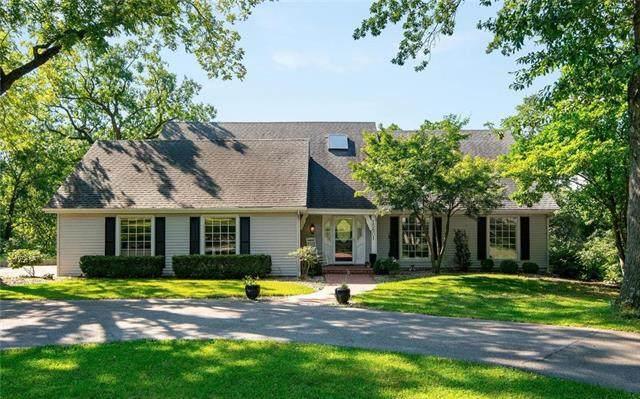15801 Woods Chapel Road, Kansas City, MO 64139 (#2242862) :: Dani Beyer Real Estate