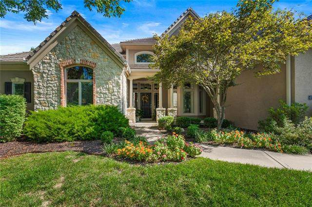 4935 Constance Street, Shawnee, KS 66216 (#2242939) :: House of Couse Group