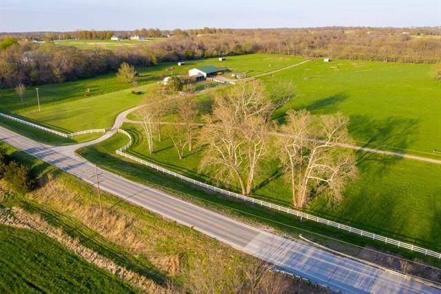 29771 Metcalf Road, Louisburg, KS 66053 (#2243043) :: Dani Beyer Real Estate