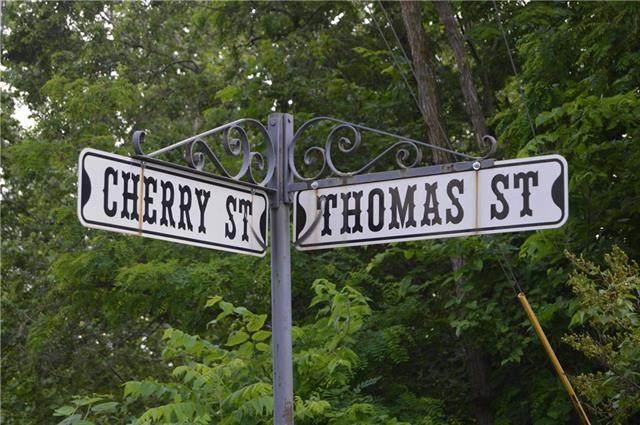 Cherry & Thomas Street, Weston, MO 64098 (#2243076) :: Ron Henderson & Associates