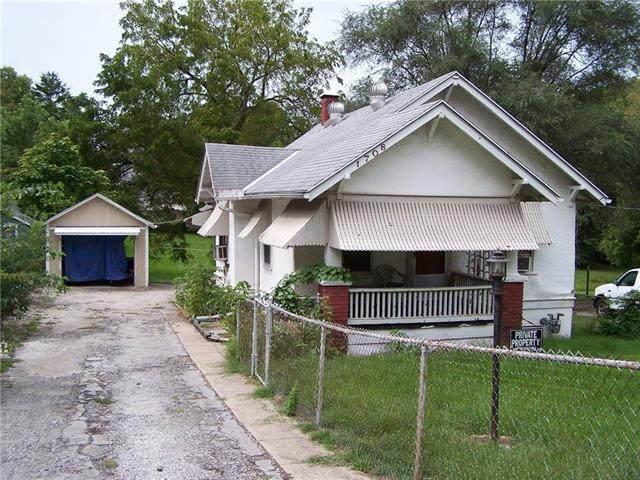 1708 Claremont Avenue - Photo 1