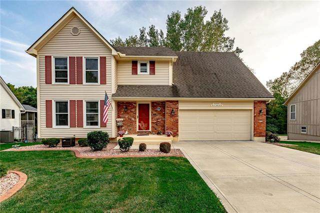 1312 NW Timber Oak Drive, Blue Springs, MO 64015 (#2243242) :: Ron Henderson & Associates