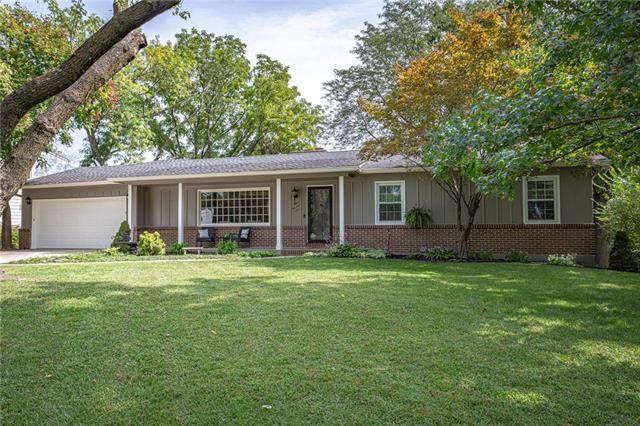 901 Ridgeway Drive, Liberty, MO 64068 (#2243254) :: Ron Henderson & Associates