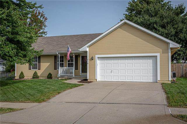 716 E 15th Street, Kearney, MO 64060 (#2243263) :: Jessup Homes Real Estate | RE/MAX Infinity