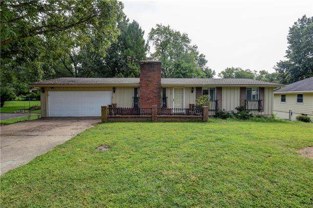 2703 Baker Road, Independence, MO 64057 (#2243327) :: Ron Henderson & Associates
