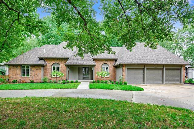 11201 Juniper Street, Leawood, KS 66211 (#2243365) :: The Shannon Lyon Group - ReeceNichols