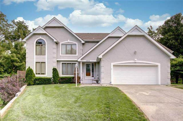 12712 E 37th St Ct South Street, Independence, MO 64055 (#2243381) :: Ron Henderson & Associates