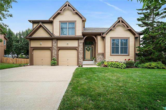 22315 W 52nd Street, Shawnee, KS 66226 (#2243433) :: Jessup Homes Real Estate | RE/MAX Infinity