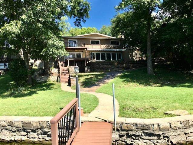 435 NW North Shore Drive, Lake Waukomis, MO 64151 (#2243494) :: Ron Henderson & Associates